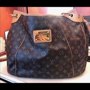 Louis Vuitton Galliera Gm Monogram Bag